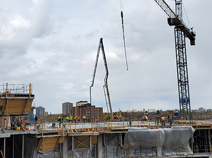 Concrete pour for Level 4 Outpatient Block